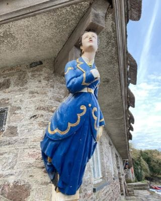 This figurehead represents Lady Franklin, whose husband Sir John Franklin served with Nelson in the Trafalgar war. He is also know for discovering the North West Passage!   #Bantham #BanthamDevon #History #Devon #SouthDevonAonb #SouthWest #Love #Avon